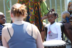 Little-girl-with-drums
